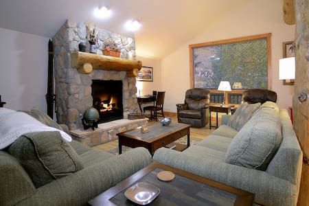 Gourmet Kitchen/Walk To Base Area! - Mount Crested Butte