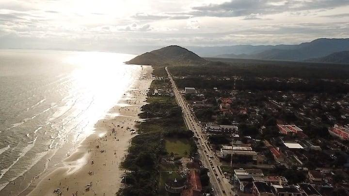Frente pro mar, pé na areia Boraceia-Bertioga 310