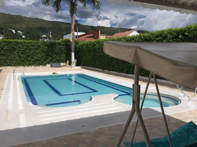 Casa campestre con piscina privada min 6personas