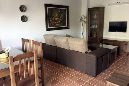 Casa San Cristóbal 6 - Jimera de Líbar - Barriada de la Estación - Casa