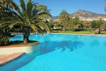 Lovely apartm with see views directly on the beach - Benalmádena - Byt