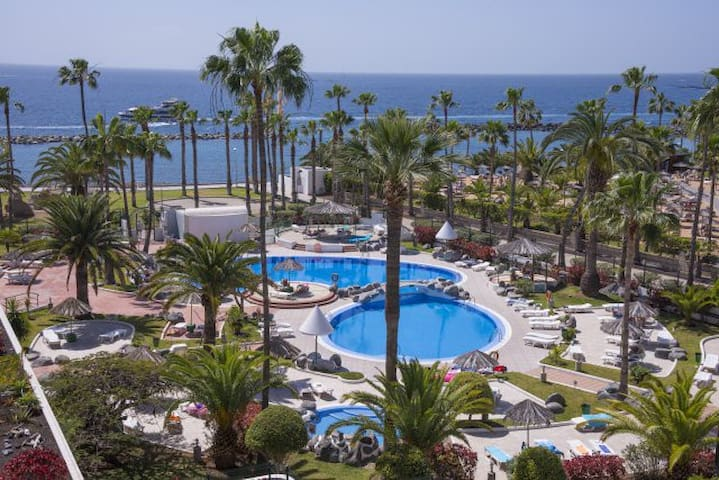 Seafront apartment El Duque beach - Costa Adeje - Huoneisto