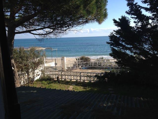 Villa a mt. 5 dalla spiaggia - Pula - Villa