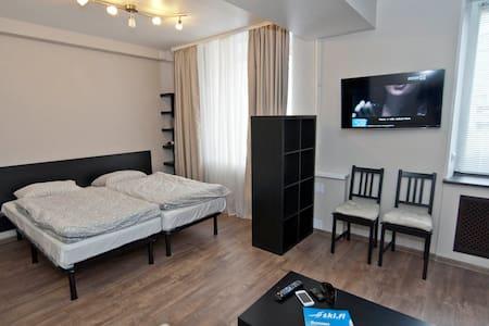 Студия в центре города! - Murmansk - Apartamento