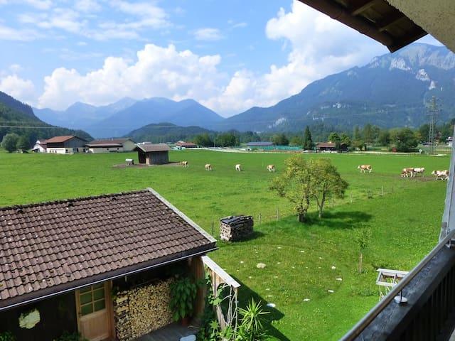 Chiemgauer Zimmer mit Panoramablick - Unterwössen - Bed & Breakfast