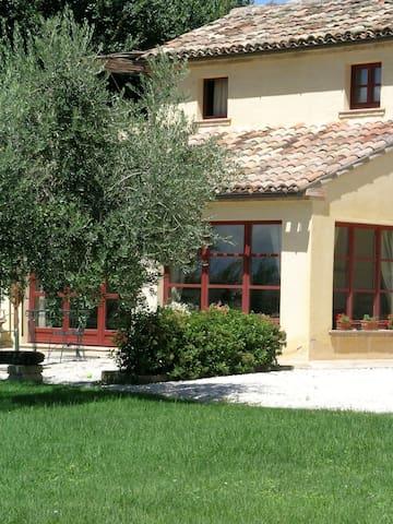 Riviera del Conero farm house - Abbadia - บ้าน