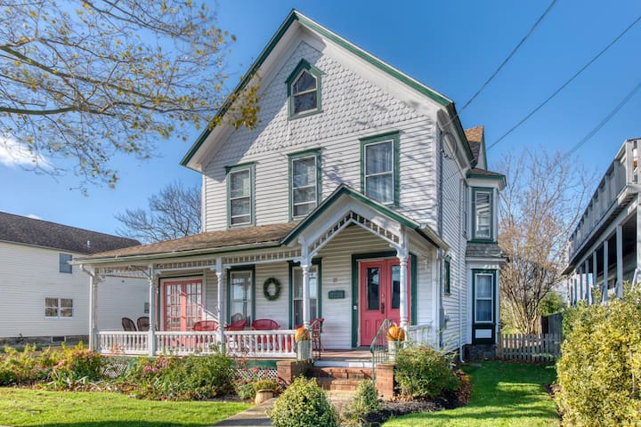 115 on Third~Greenport's Water Front Community