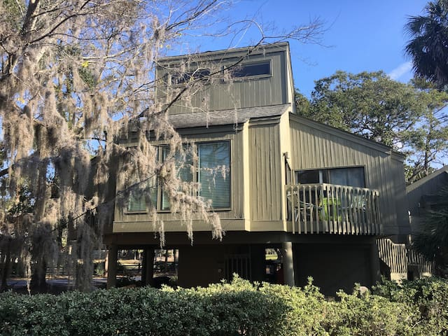 Beautiful Edisto , pet friendly, golfers dream - Edisto Island - 獨棟