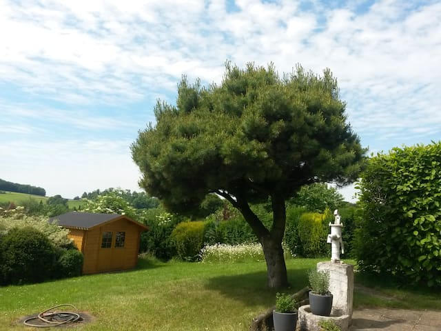 Gemütliche Unterkunft mit Garten - Balve - Apartamento
