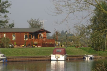 Bend in the River Lodge, Stratford - Cabanya
