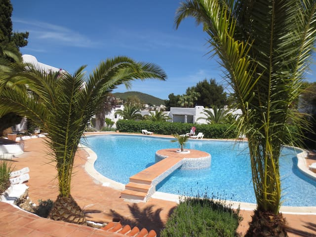 Lovely Apartment in Siesta, Ibiza - Santa Eulària des Riu - Byt