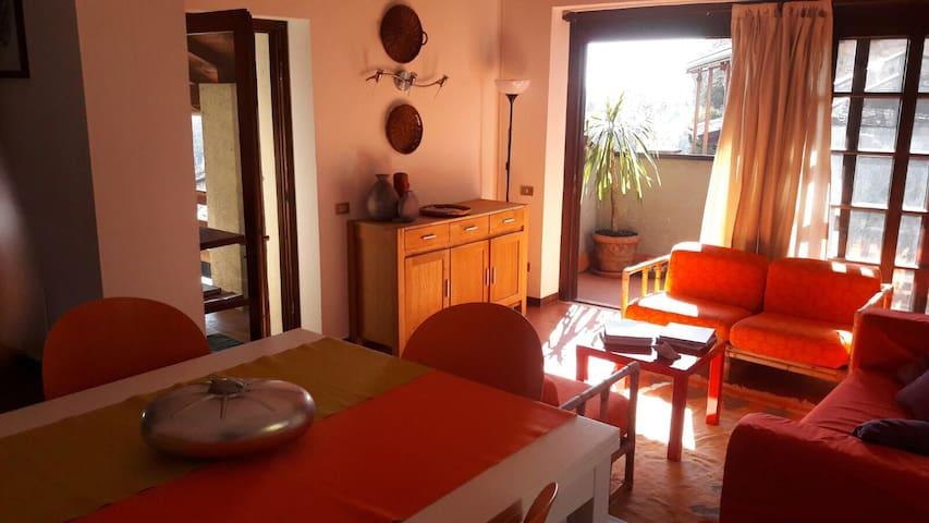 Casa Marcella - vista lago vicino al Vittoriale - Toscolano-Maderno - Casa vacanze