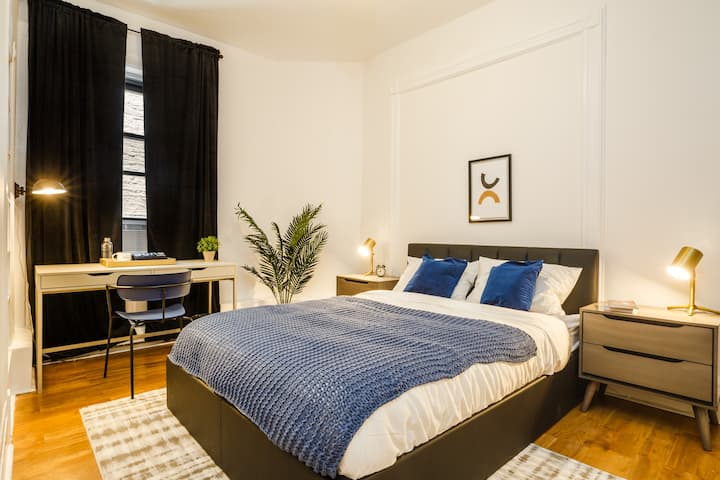 Furnished Spacious Room in Central Harlem