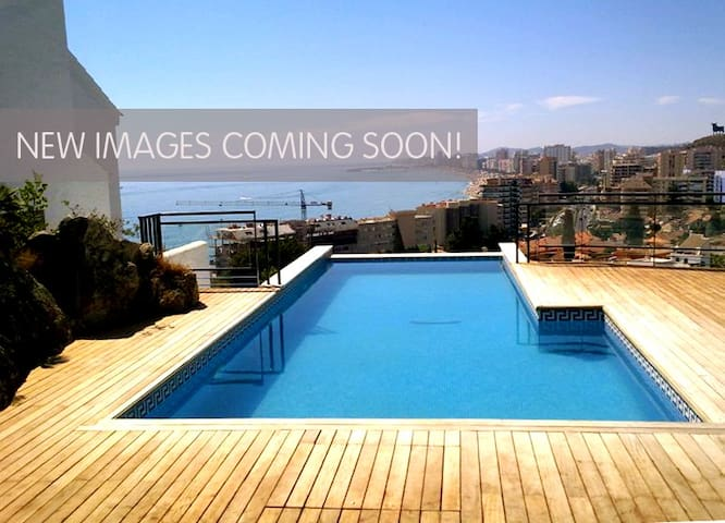 The house on the cliff No. 15 - Fuengirola - House