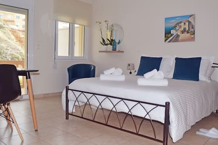 Koumpe Blue Seaside Lovely Studio - Rethymno - Huoneisto