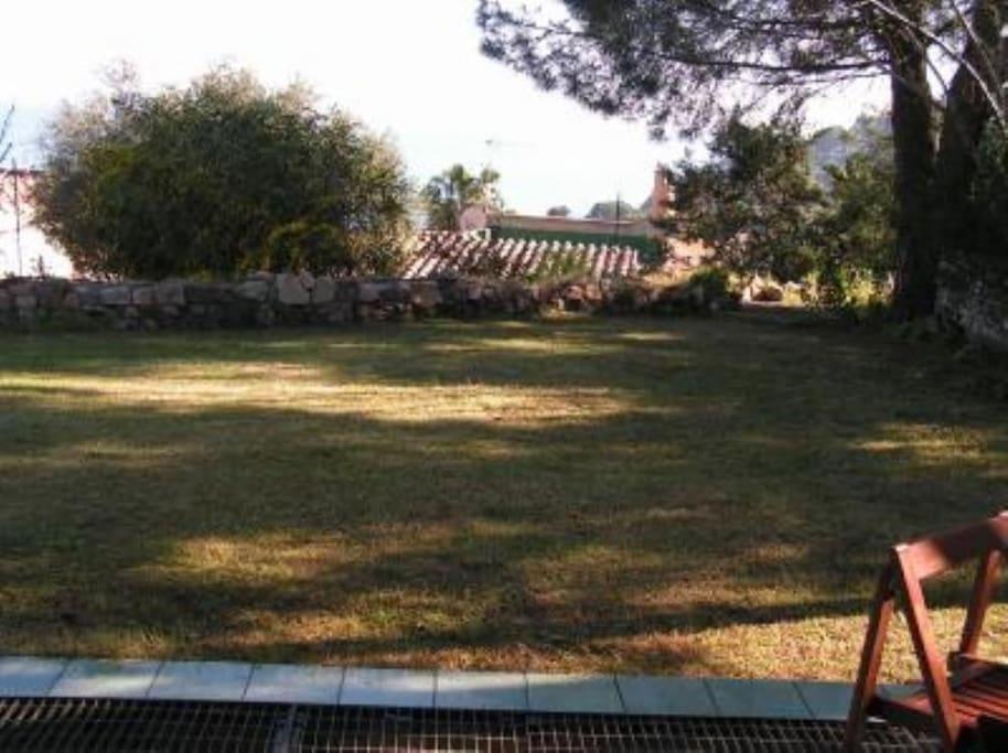 Prato antistante Veranda