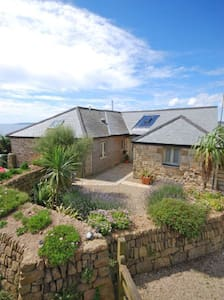 Stunning Old Carthouse with seaview - Penzance - Casa
