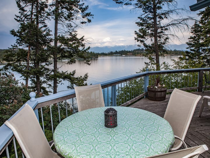 Flathead Lakefront Hideaway on the North Shore
