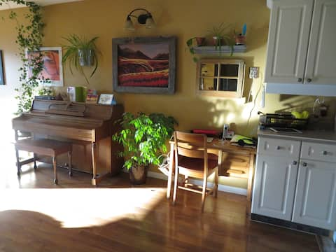 Charming Townhouse in beautiful Granger