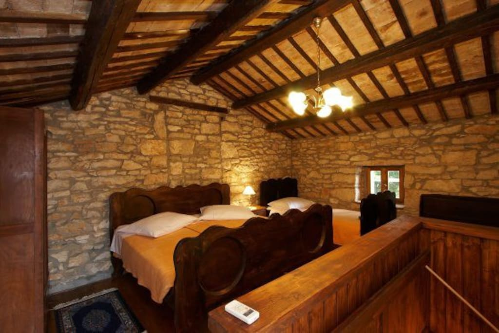 Villa is adapted and equipped in an old Istrian style