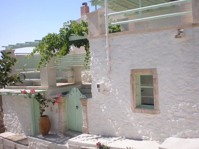 The Green Villa - Σητεία ΧΑΜΕΖΙ - Hus