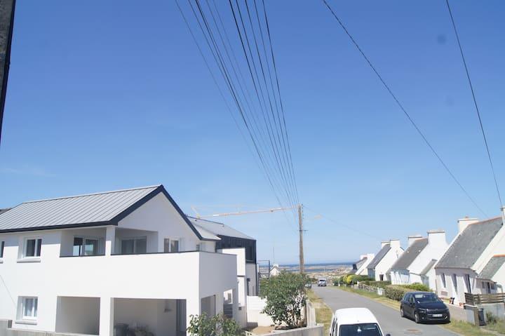 VILLA DES LILAS - 50m de la plage - petite vue mer