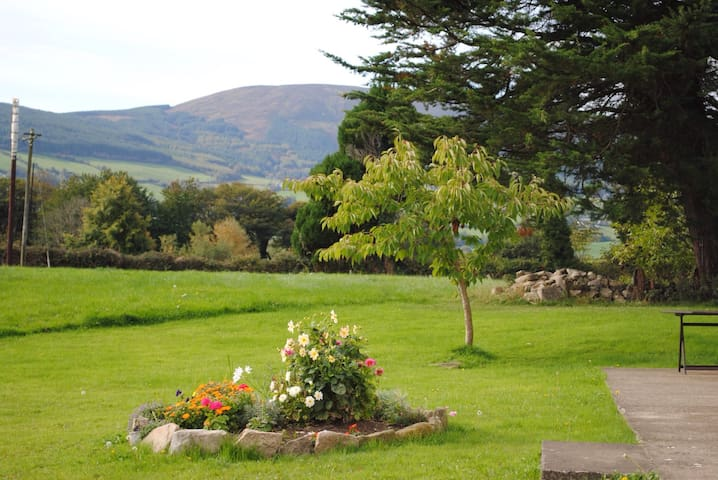 Deerpark Holiday Cottage - Killaloe - House