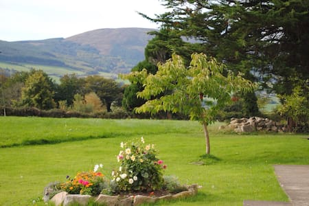 Deerpark Holiday Cottage - Killaloe - บ้าน