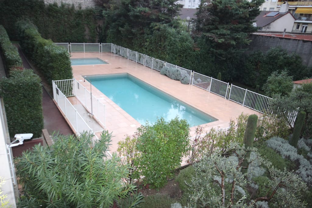 Cannes studio res avec piscine appartements louer for Piscine 2 alpes