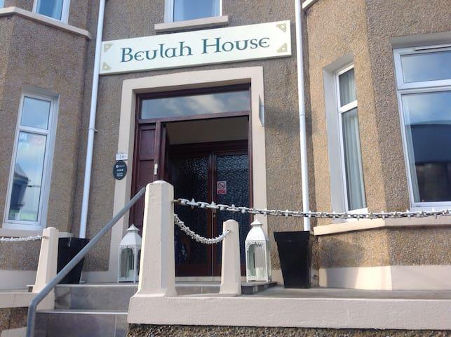 Beulah guest house /B&B - Portrush - Bed & Breakfast