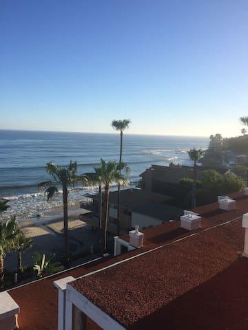 Beachfront 2BD, 2.5BA Malibu Condo - Malibu - Byt