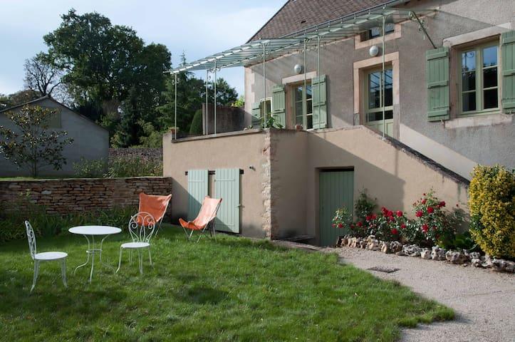 Ancienne maison de vigneron - Rosey - Hus