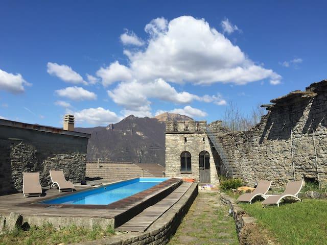 Breathtaking Maison de Charme - Castle