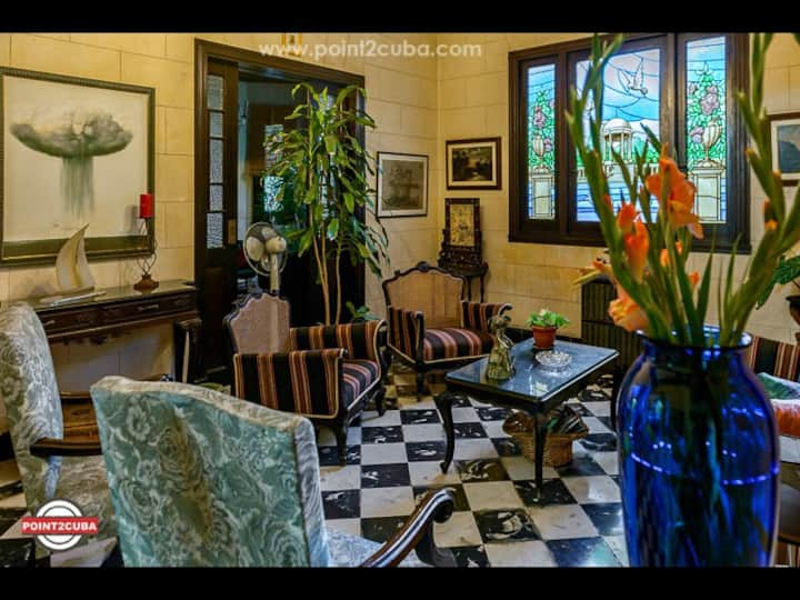Majestic 4 bedroom Mansion  RHPLOF75