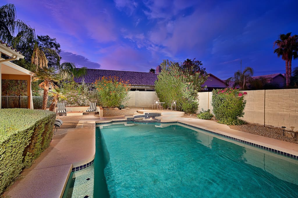 Great backyard with large diving pool. Pool is heated during the winter months to 79(F). Hot tub is heated to 100(F).