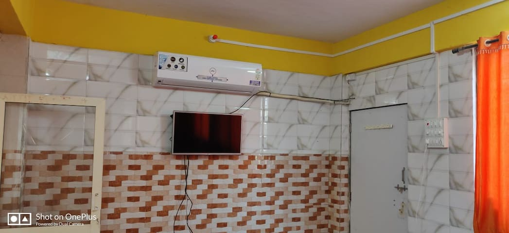 Shree Sadguru Krupa  Villa- Premium room