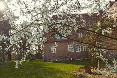 Luxurious country life - Luckwitz manor, Bernstein