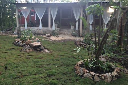 Eco-Farm-Lodge Luum Ayni, Beautiful stay in Nature - Chichimilá