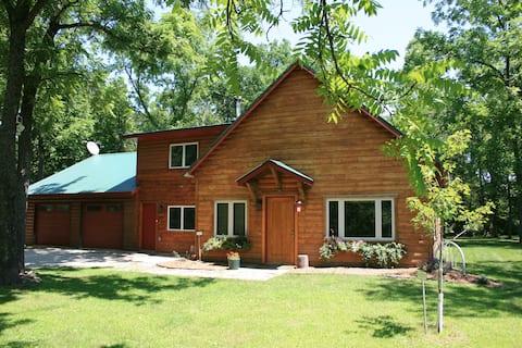 """Walden Pond"" Adventure Amidst 44 Private Acres"