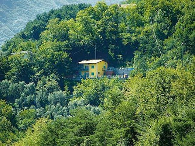 Chalet4you – Whole house, Max 8 persone - Tremosine - House