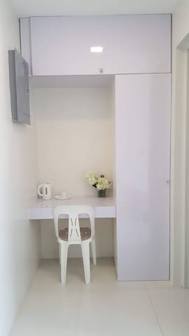 New Cozy Private Room in Guadalupe Makati BGC