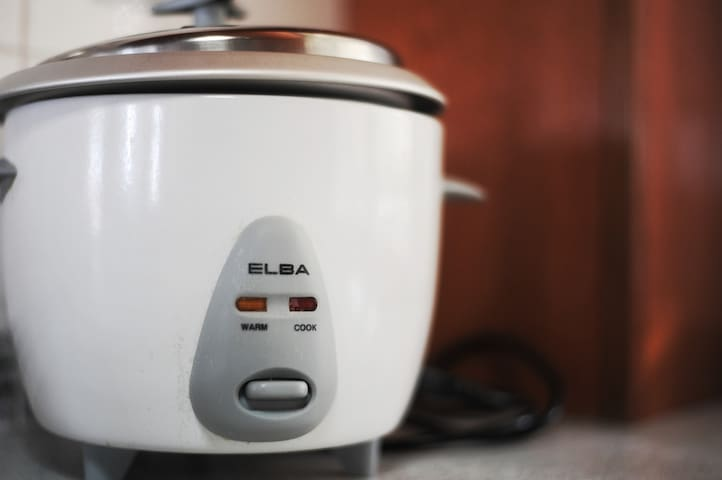 Chef yourself? We provide rice cooker for guest.