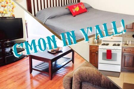 Terrific 3bed 2.5bath Kitchen Garage whole Home - Austin - Apartment