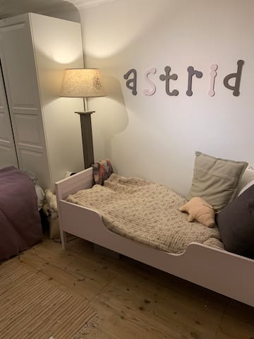 Bedroom number 3 - can hold a single childs bed and two bunk beds. So all together - 2 people+ 1 child.