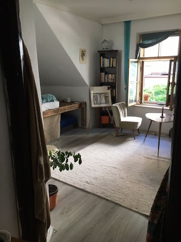 Beautiful small flat for couples or small groups
