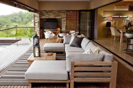 Beautiful Family Friendly Home - Simbithi Eco Estate - Casa