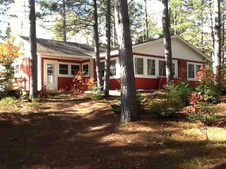 Beautiful Northwoods cabin in Vilas County