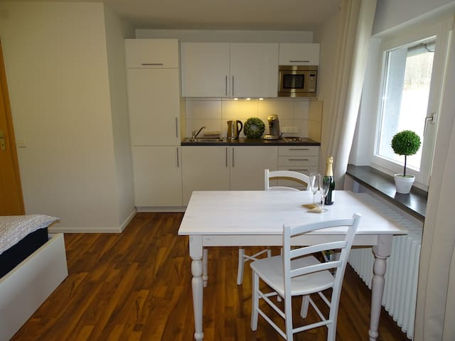 Schwalbennest Neu - Lörrach - Apartamento
