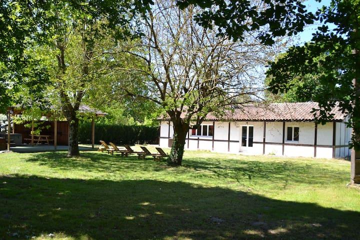 Maison landaise dans ranch de 8 hectares