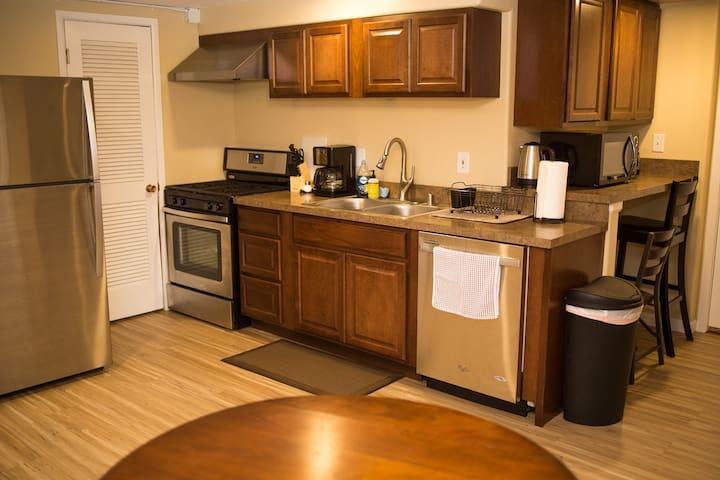 Quiet coastal getaway close to airport and trails - Anchorage - Apartamento